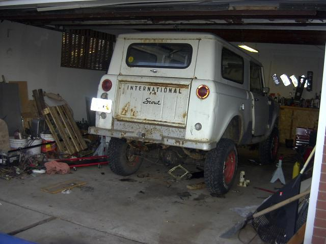 Robs Stupid '68 International Scout 800